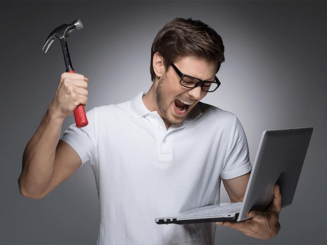 10 «компьютерных» ошибок, которые могут стоить карьеры